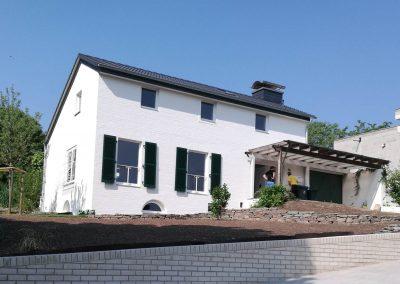 Komplettsanierung eines bestehendes Einfamilienhaus inklusive Bäder, Küche und Terrassenüberdachung