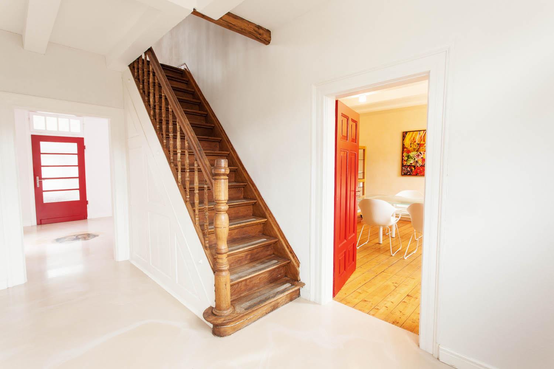 Aufgearbeitete Holztreppe.