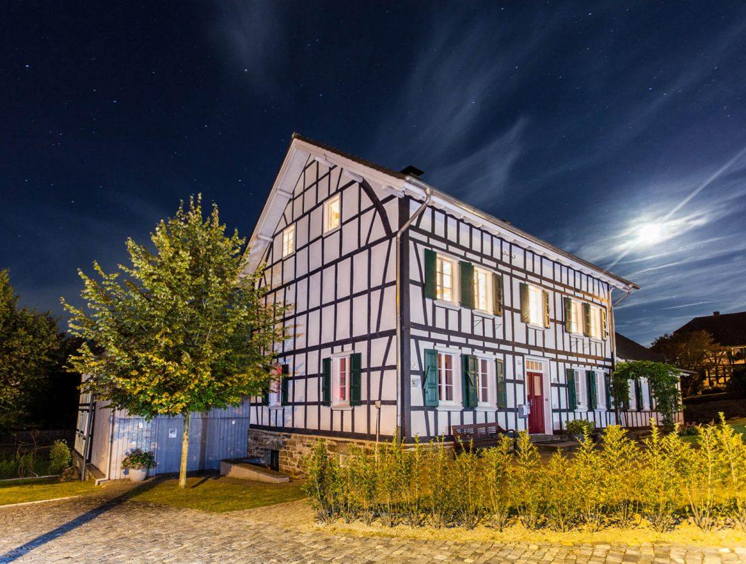 Historisches Fachwerk-Ensemble mit romantischem Innenhof