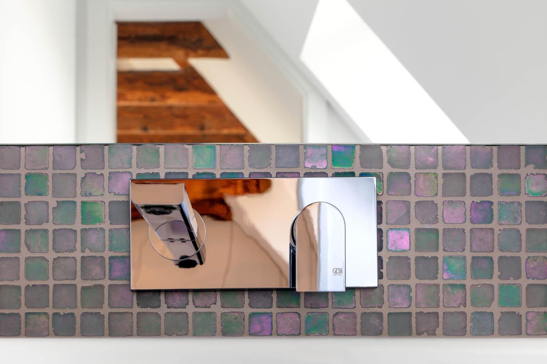 Mosaike mit Perlmutteffekt