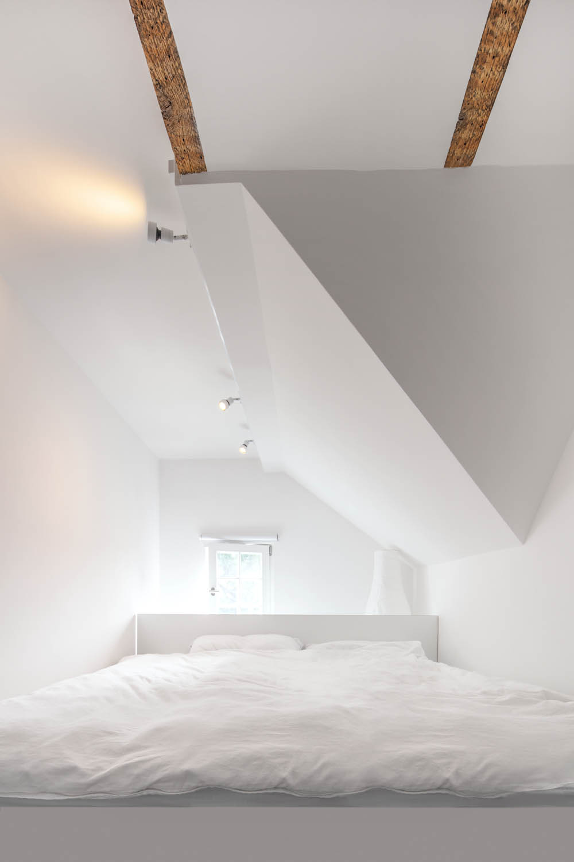 Schlafecke in der Dachgaube
